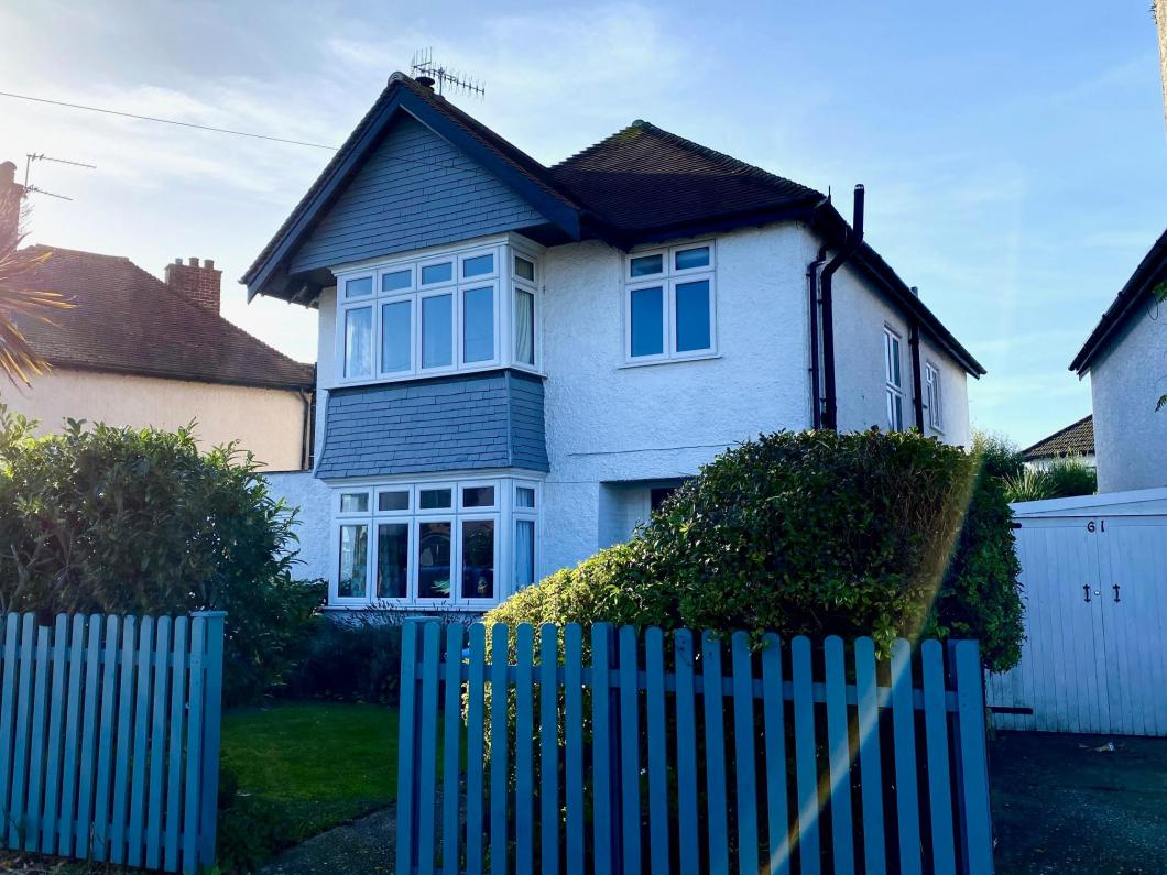 Detached house to let (Main)