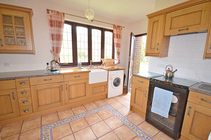 Kitchen House to Rent in Langstone
