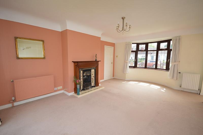 Living Room House to Rent in Langstone