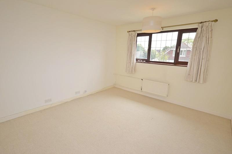 Bedroom 1 House to Rent in Langstone