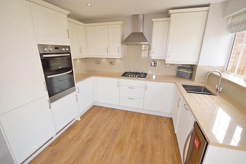 Kitchen House to rent in West Wittering