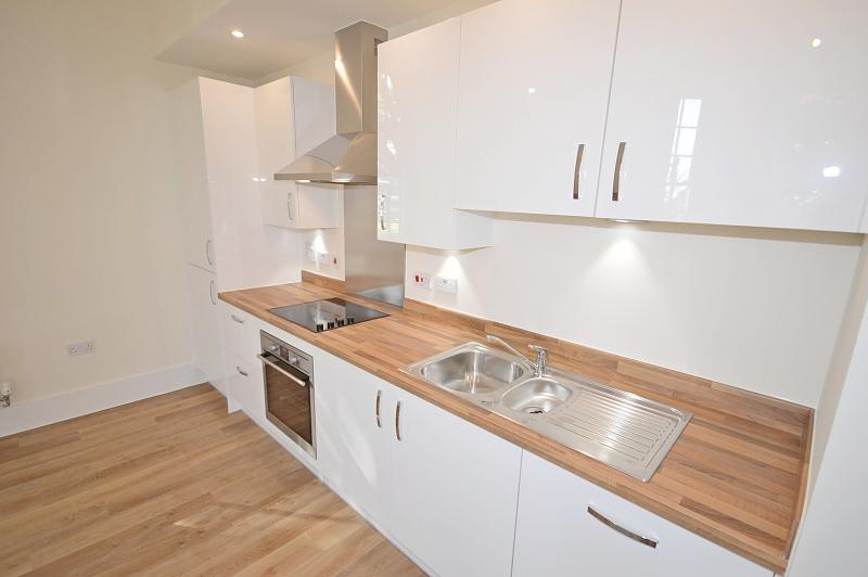 Kitchen Apartment to rent in Chichester