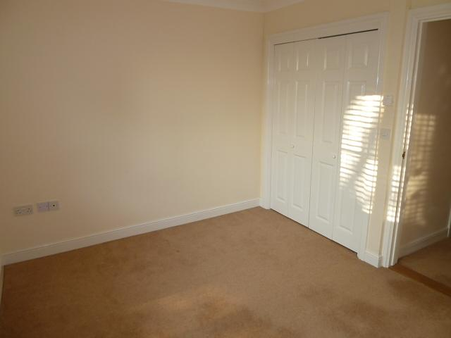 Bedroom 1 Property to Let in Liss