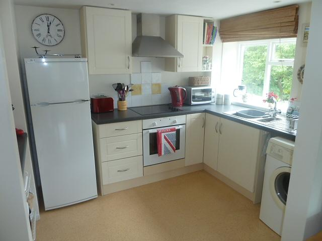 Kitchen property to let in Rogate