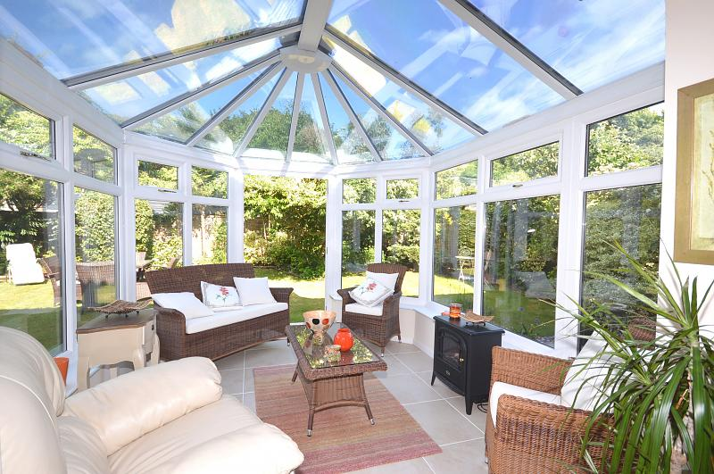 House to rent in Chichester - Conservatory