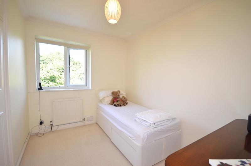 House to rent in Chichester - Bedroom 3