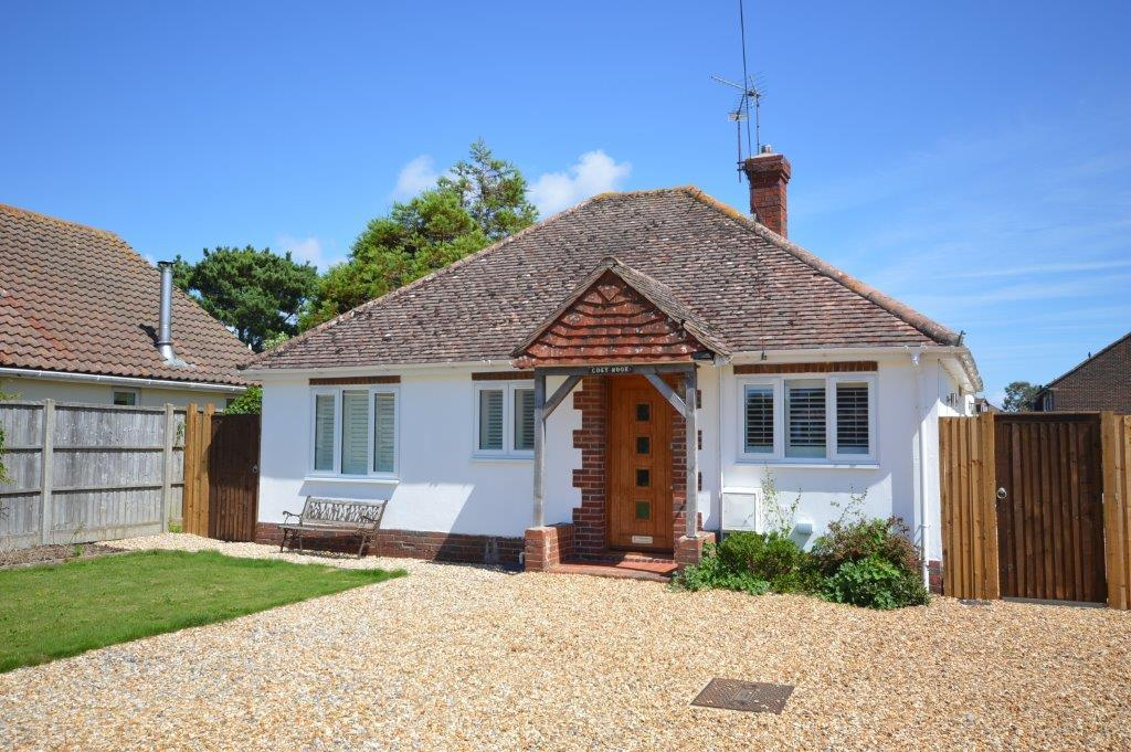 Front of house to rent in Rose Green, Bognor Regis (Main)