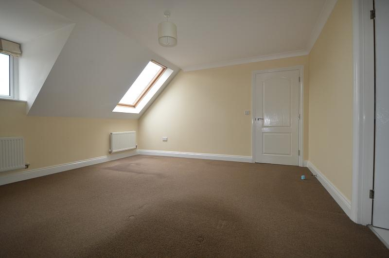 Living Room Property to let in Petersfield