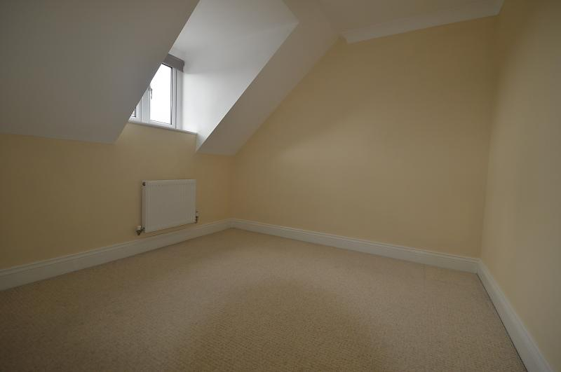 Bedroom Property to let in Petersfield