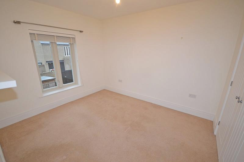 Bedroom 2 House to rent in Chichester