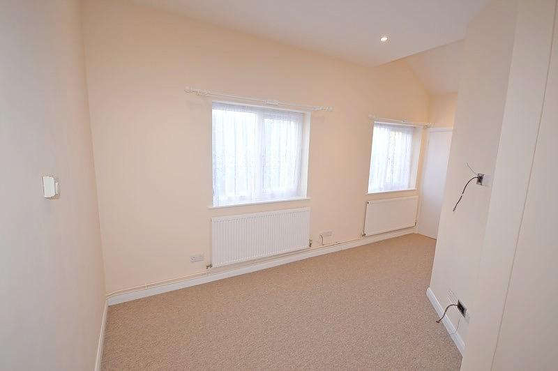 Living room Apartment to rent in Chichester