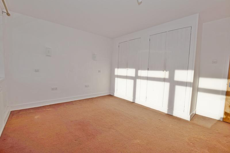 Bedroom 1 Flat in Pagham