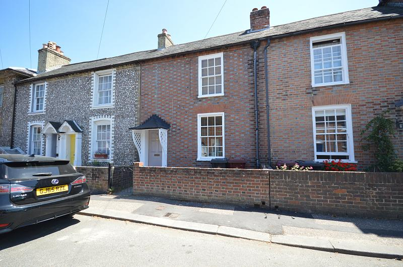 Front of property to rent in Chichester (Main)