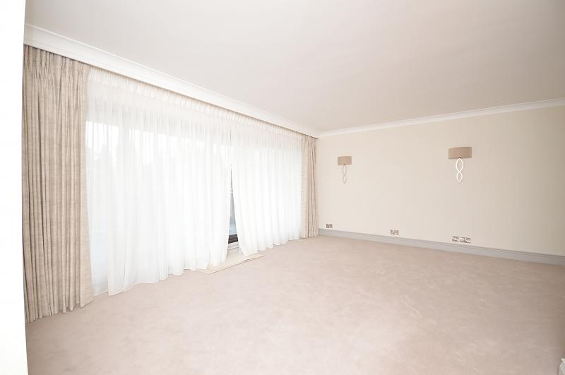 Living area property to let in Haslemere