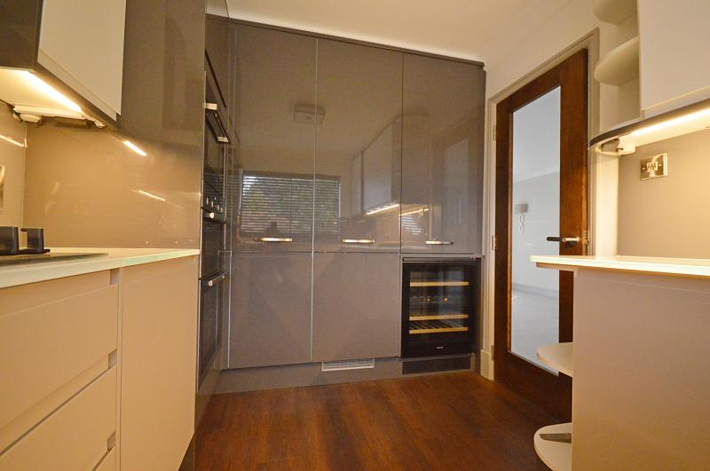 Kitchen property to let in Haslemere