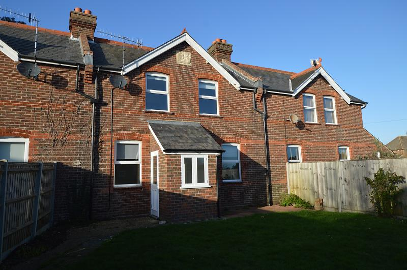 Rear Shot Property to let in Old Bedhampton