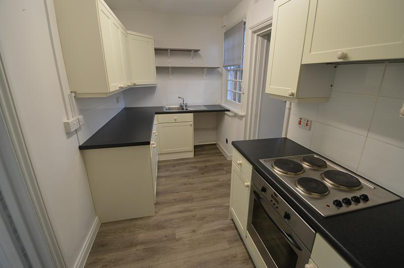 Kitchen Property to let in Old Bedhampton