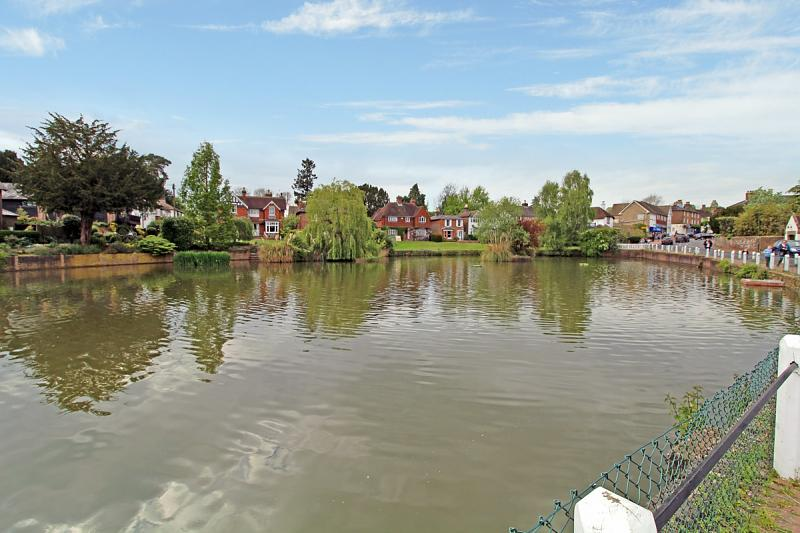 Lindfield Pond