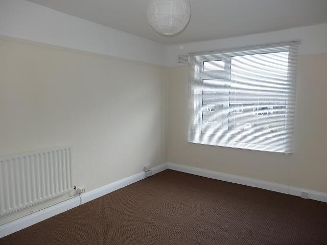 Living room Flat to rent in Pagham