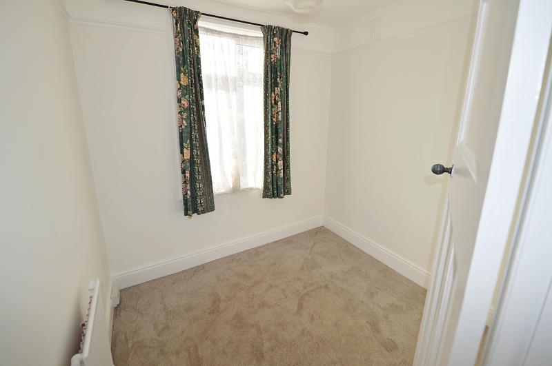 Bedroom 3 Property to let in Buriton