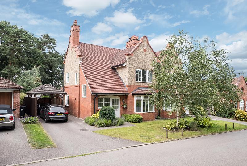 3 bedroom  Semi Detached House for Sale in Kingsley