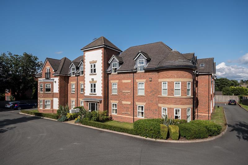 1 bedroom  First Floor Flat for Sale in Frodsham