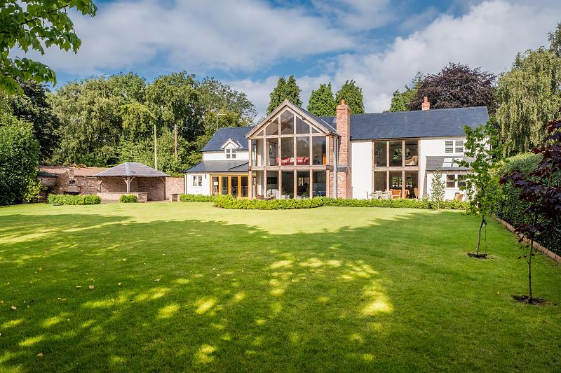 4 bedroom  Detached House for Sale in Kelsall