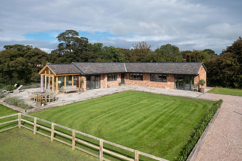 3 bedroom  Detached House for Sale in Mouldsworth