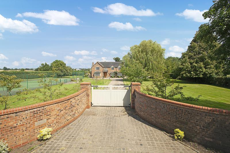 4 bedroom  Detached House for Sale in Poole
