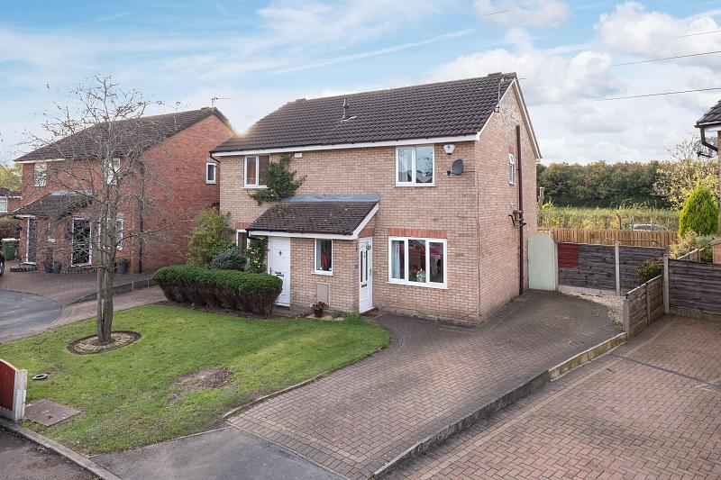 3 bedroom  Semi Detached House for Sale in Altrincham