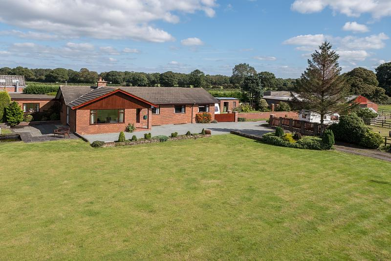 4 bedroom  Detached Bungalow for Sale in Cotebrook