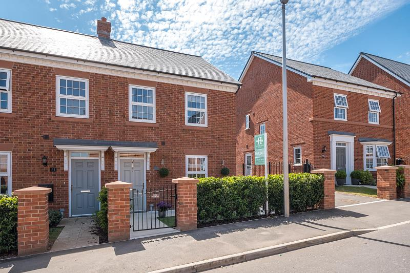 3 bedroom  Semi Detached House for Sale in Tarporley