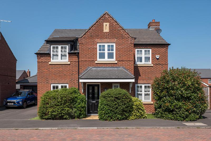 4 bedroom  Detached House for Sale in Winnington