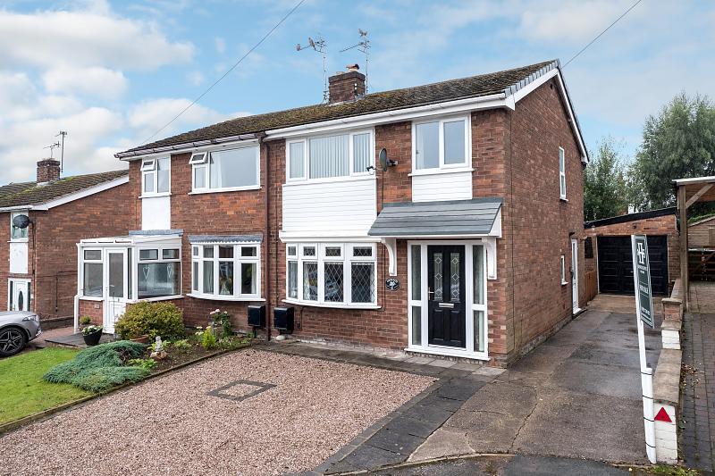 3 bedroom  Semi Detached House for Sale in Tarporley