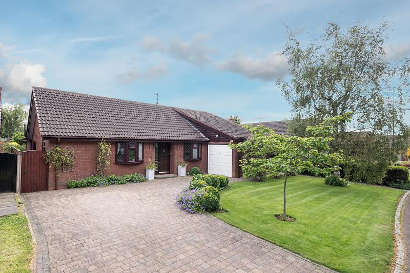 4 bedroom  Detached Bungalow for Sale in Winsford