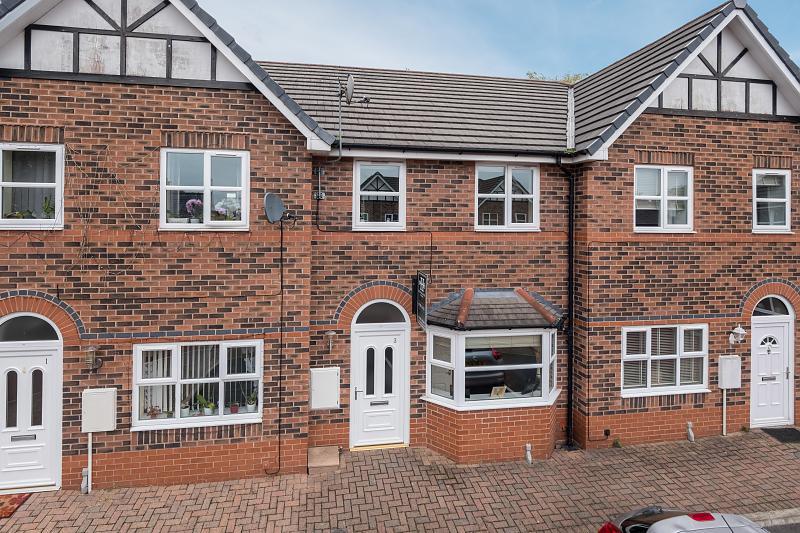 3 bedroom  Terraced House for Sale in Barnton