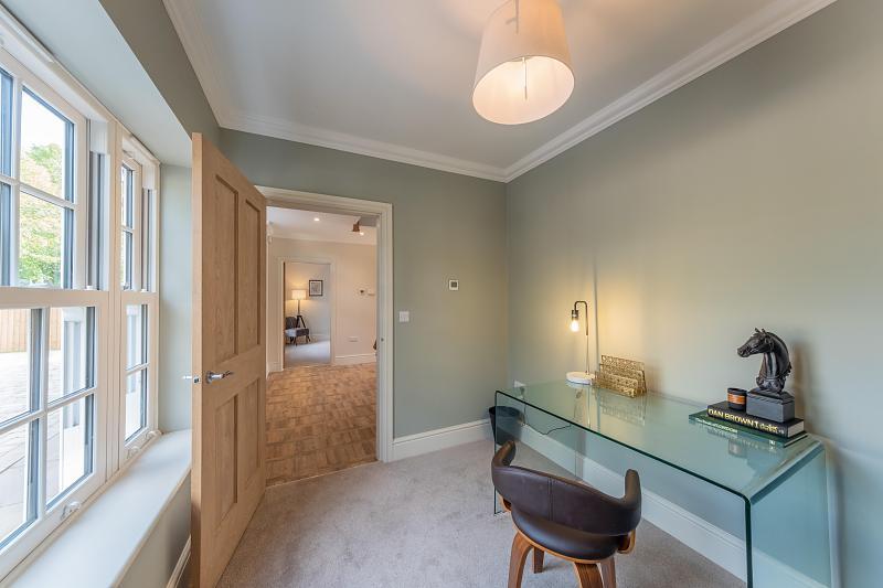 4 Bedroom House For Sale In Bunbury Heath Hinchliffe Holmes