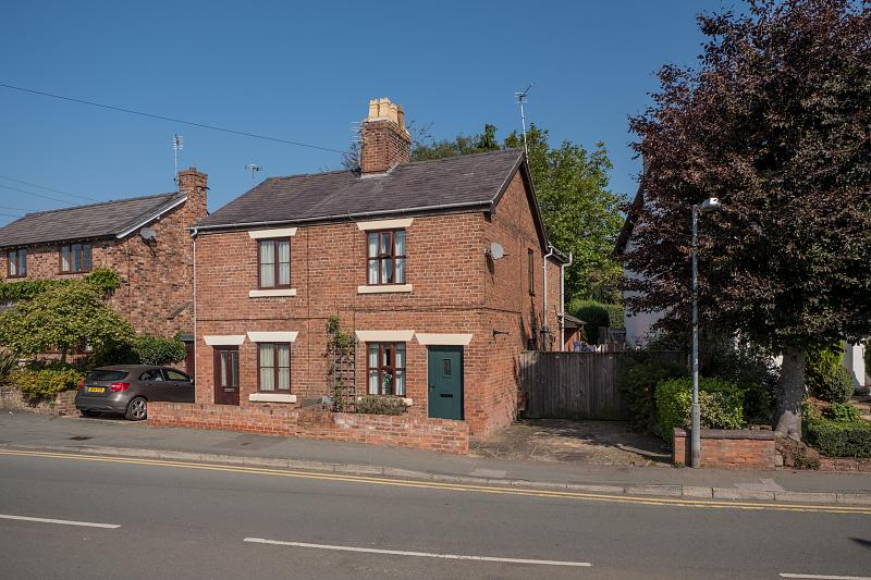 2 bedroom  Semi Detached House for Sale in Tarporley