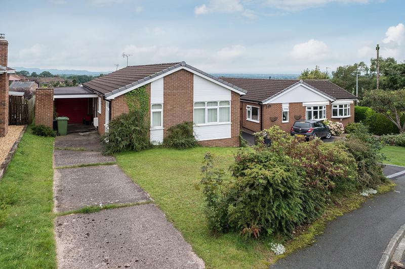3 bedroom  Detached Bungalow for Sale in Utkinton