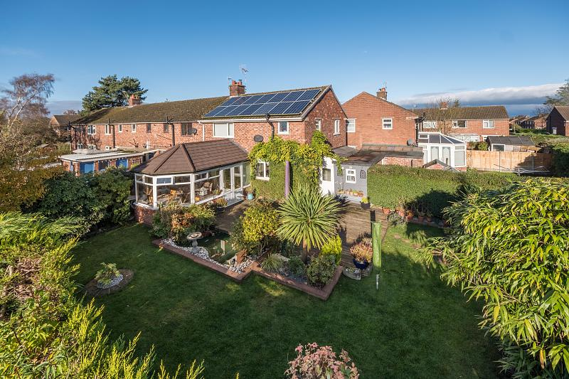 3 bedroom  End Terrace House for Sale in Cuddington