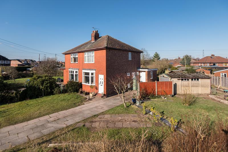 2 bedroom  Semi Detached House for Sale in Comberbach