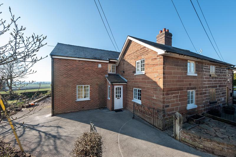 2 bedroom  Semi Detached House for Sale in Utkinton