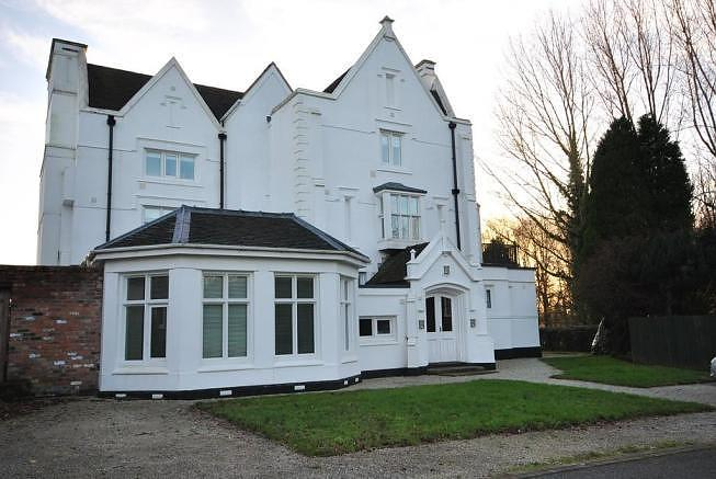 2 bedroom  First Floor Flat for Sale in Whitchurch