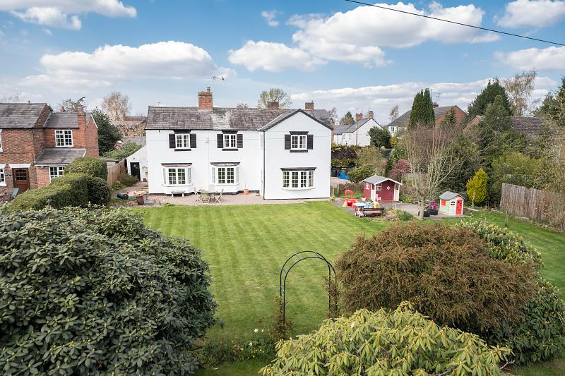 4 bedroom  Detached House for Sale in Ashton