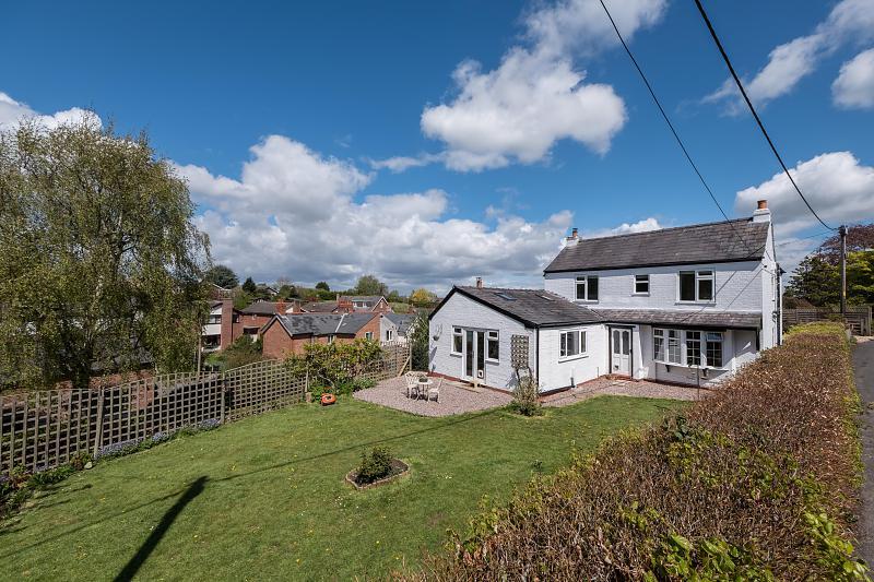 4 bedroom  Detached House for Sale in Kingsley