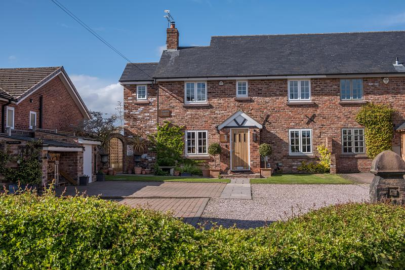 4 bedroom  Semi Detached House for Sale in Eaton