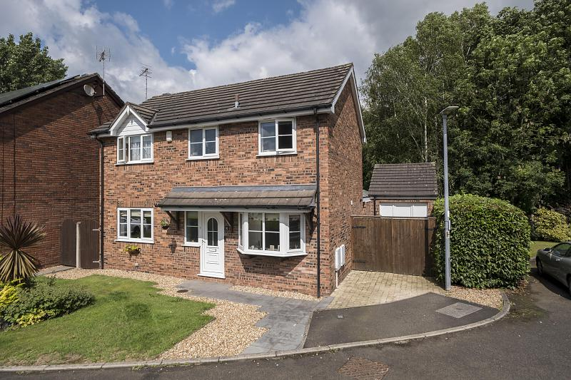 3 bedroom  Detached House for Sale in Middlewich