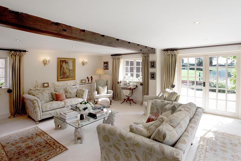 5 bedroom House for Sale - Hinchliffe Holmes