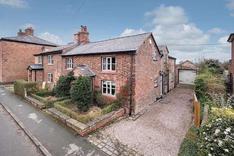 3 bedroom  Semi Detached House for Sale in Davenham