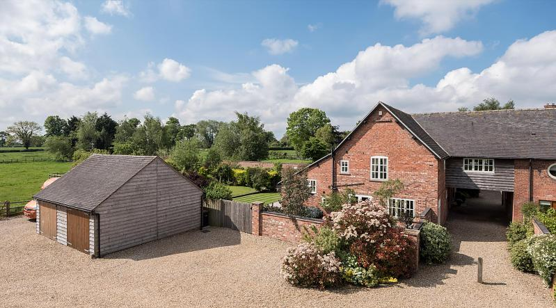 4 bedroom  House for Sale in Calveley